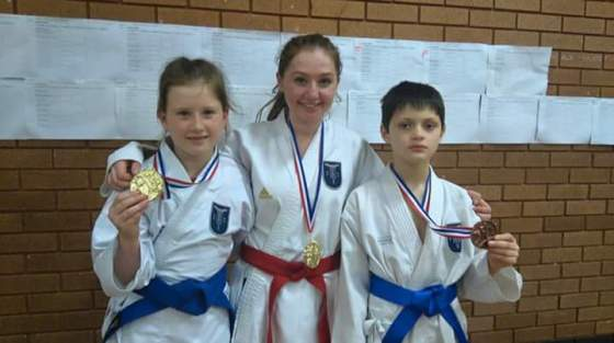 Sophie won Gold in Girls 16-17 years open. Charlotte won Gold in Girls 10-11 years open. Calum won Bronze in Boys 10-11 years open.